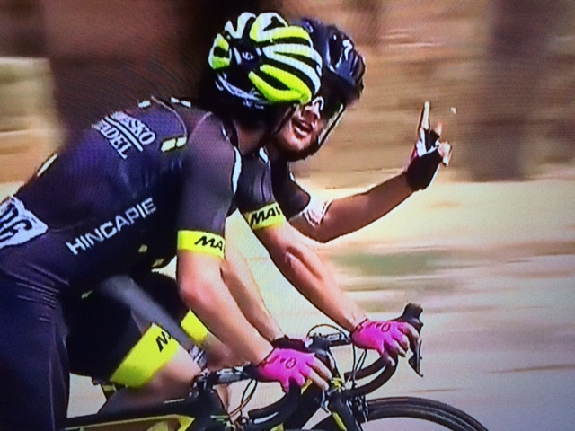 Tour of Utah-ah-ah: Carpenter uses head to protect head when things come to ahead